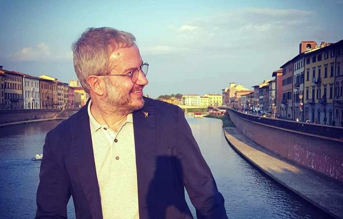 Borghi dice che l'Italia potrebbe uscire dall'Ue in base al risultato delle europee, lo spread sale e Salvini lo smentisce