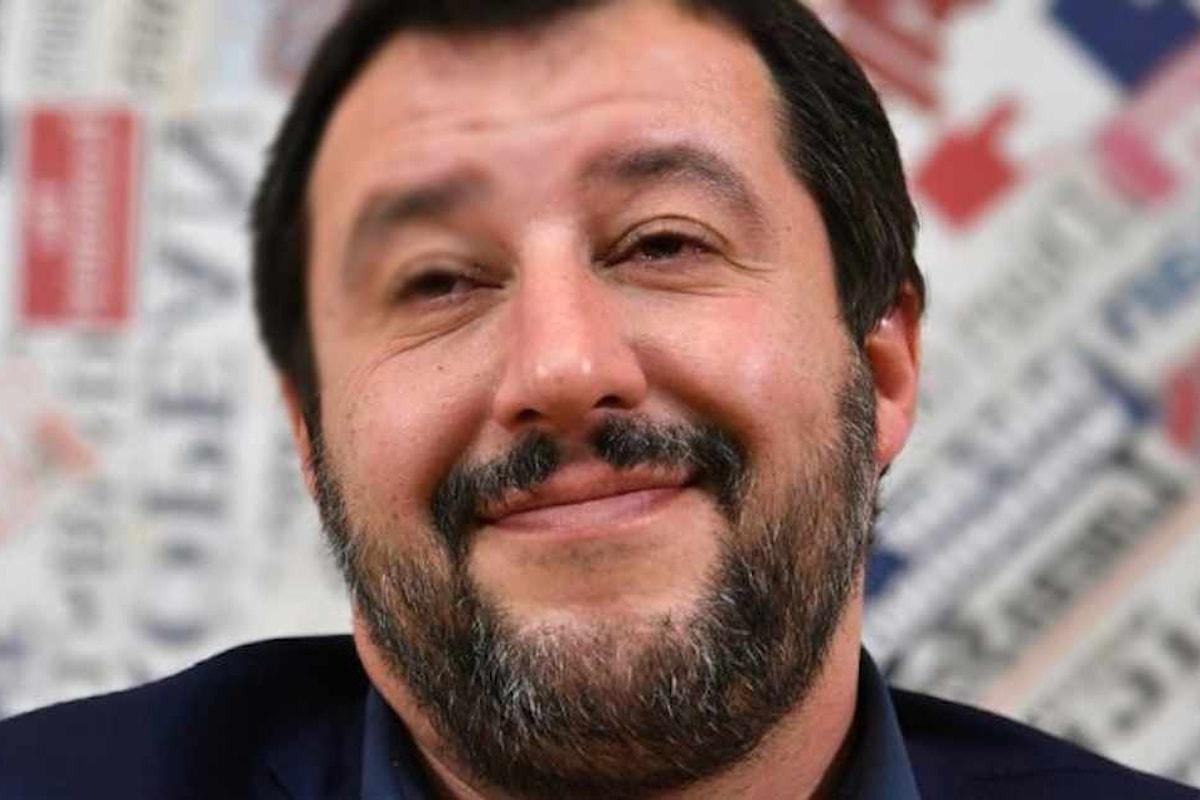 Per recuperare sull'accordo con la Cina voluto dai 5 Stelle, Salvini si inventa la flat tax alle famiglie