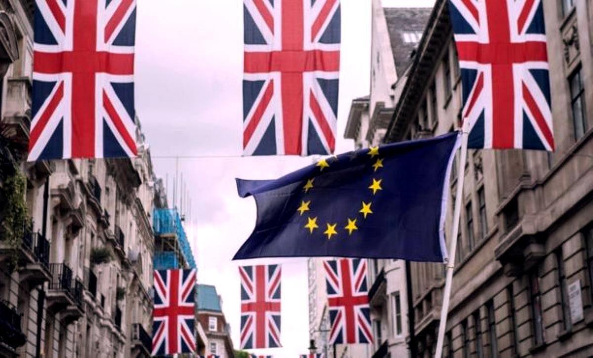 OBR: una Brexit senza accordo porterebbe la Gran Bretagna in recessione fino al 2020