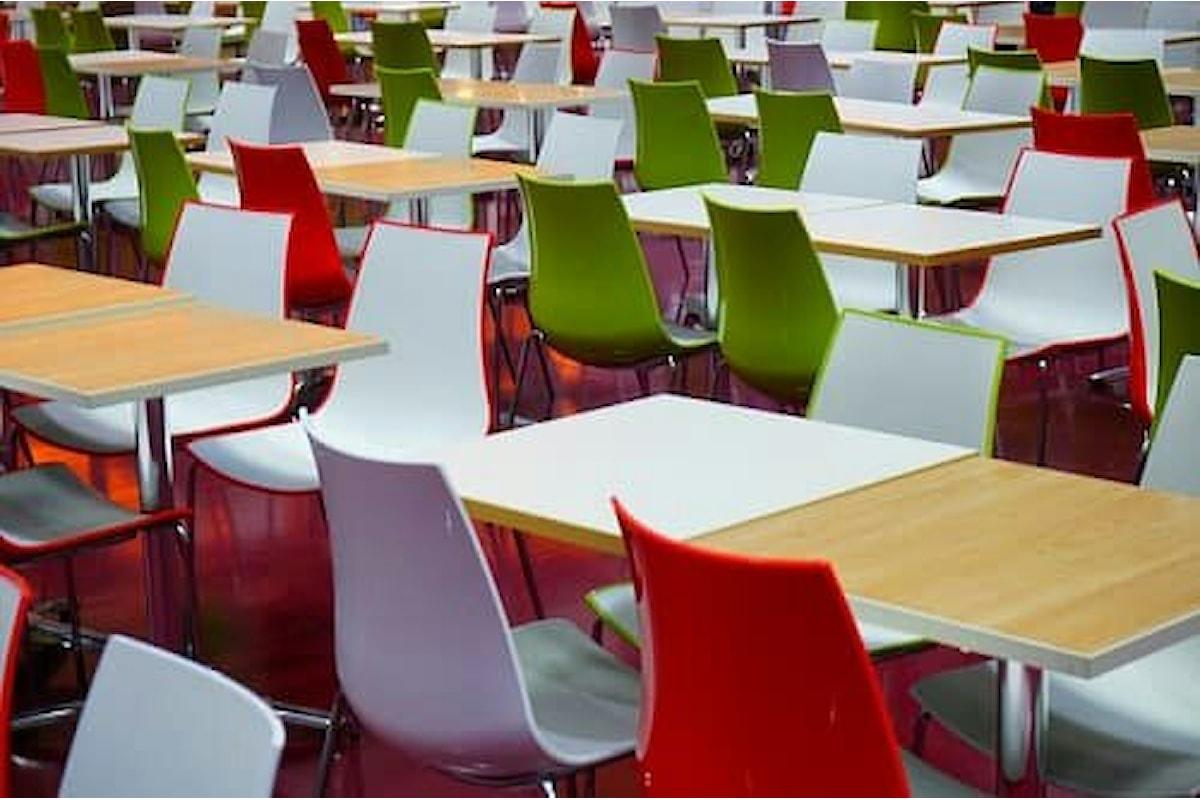 A mensa tutti insieme, la legge dice no al pranzo portato a scuola da casa