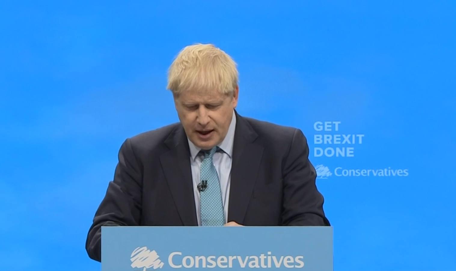 Il piano Brexit annunciato da Johnson al congresso Tory? Uscire dall'Ue senza un accordo