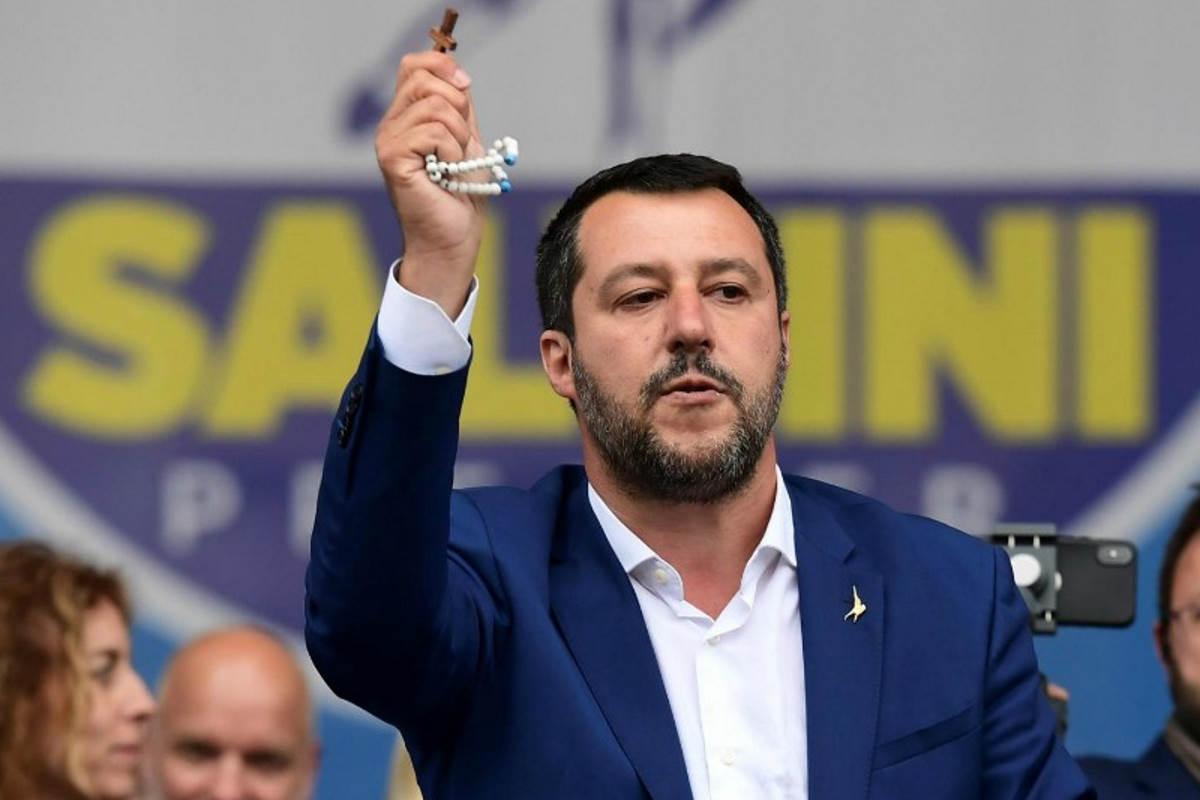 La Lega di Salvini e i legami con Stati Uniti e Russia... altro che Prima gli italiani