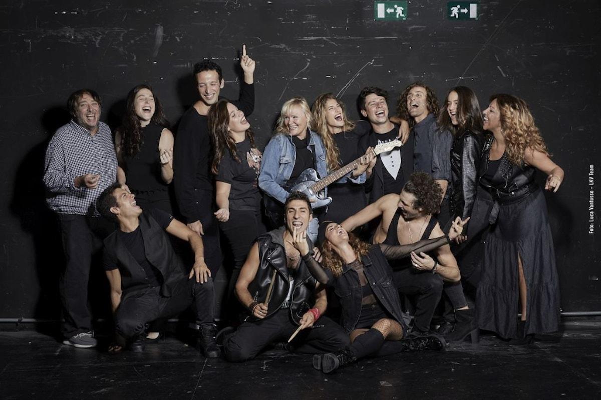 BALLIAMO SUL MONDO Il Musical. Milano Teatro Nazionale