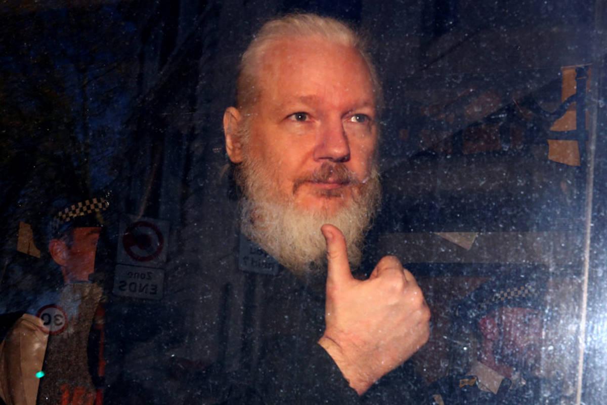La Svezia lascia cadere le accuse contro Julian Assange nell'indagine di stupro di cui era accusato dal 2010