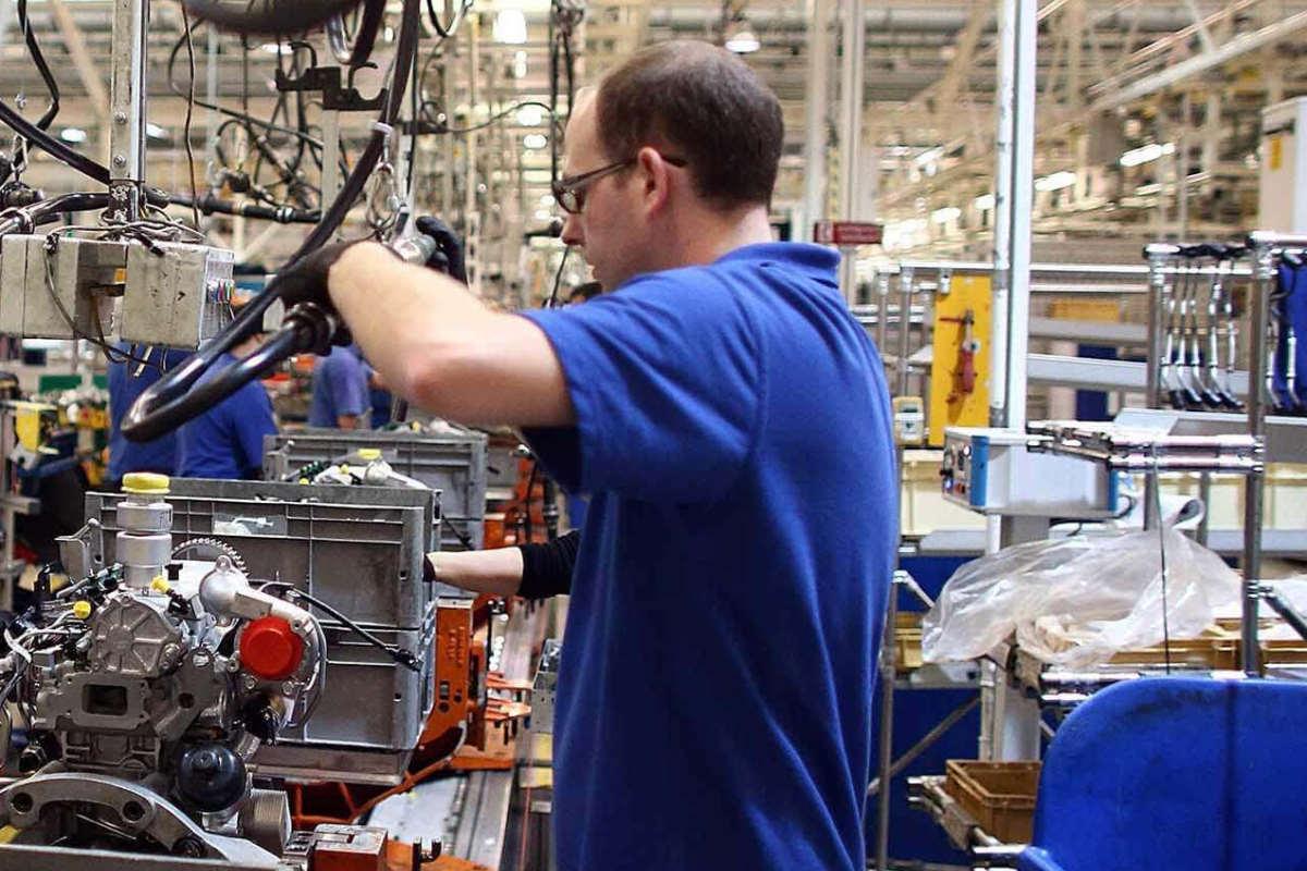 Istat, in netto calo la produzione industriale nel 2019