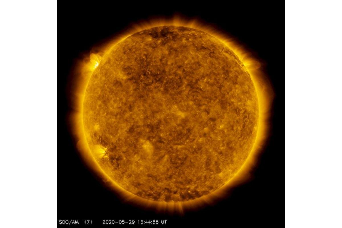 Brillamento di classe M1 sul Sole: la nostra stella si sta risvegliando?