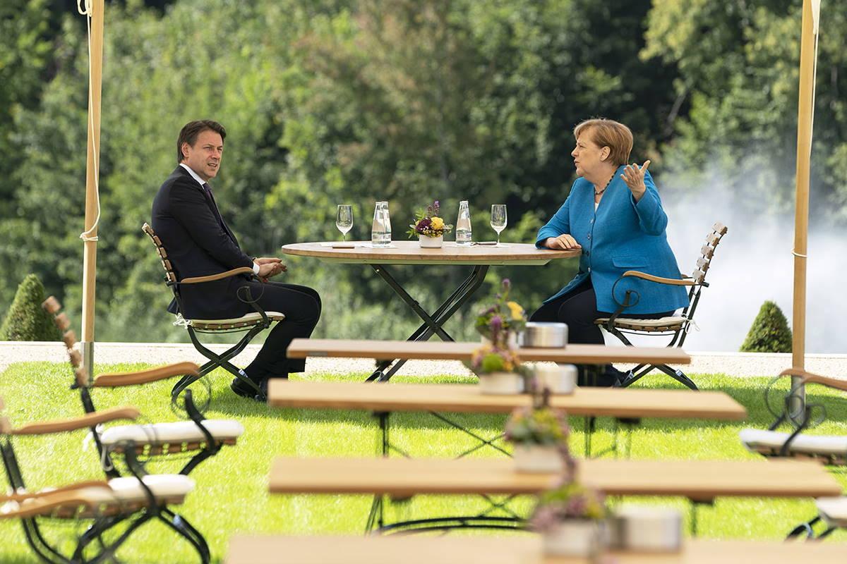 Conte vola dalla Merkel in vista del prossimo Consiglio europeo