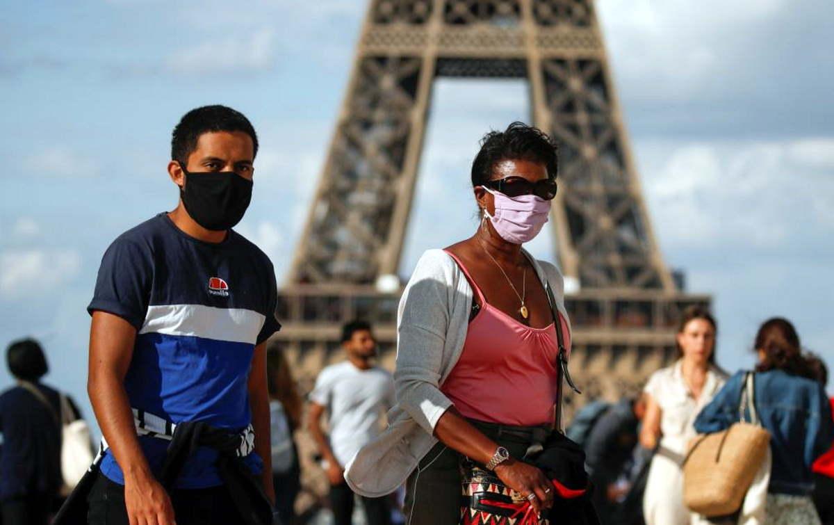 Record di contagi da coronavirus in Francia: sono stati 10.561 nelle ultime 24 ore