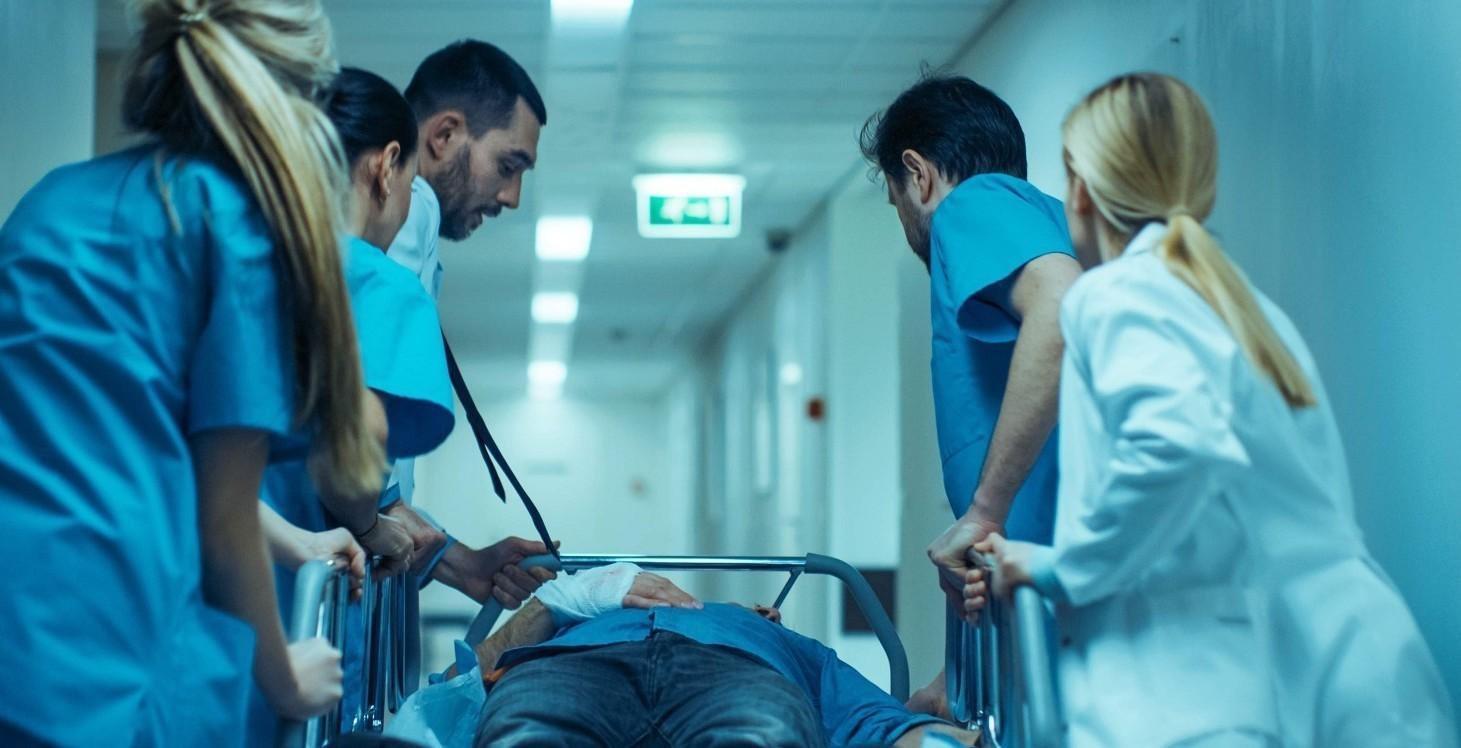 Per i medici ospedalieri le rianimazioni presto saranno sature: l'ultimo dpcm potrebbe non bastare