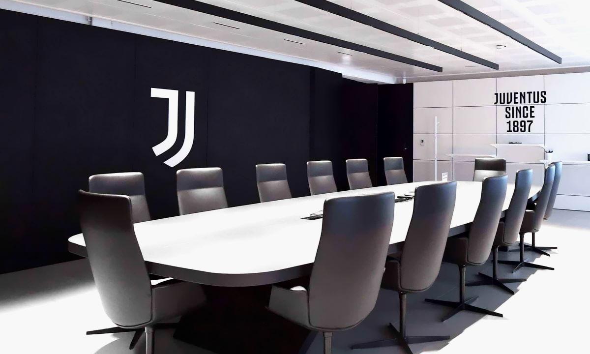 La Juventus, con Paratici, potrebbe essere direttamente coinvolta nell'affaire Suarez: ecco cosa rischia