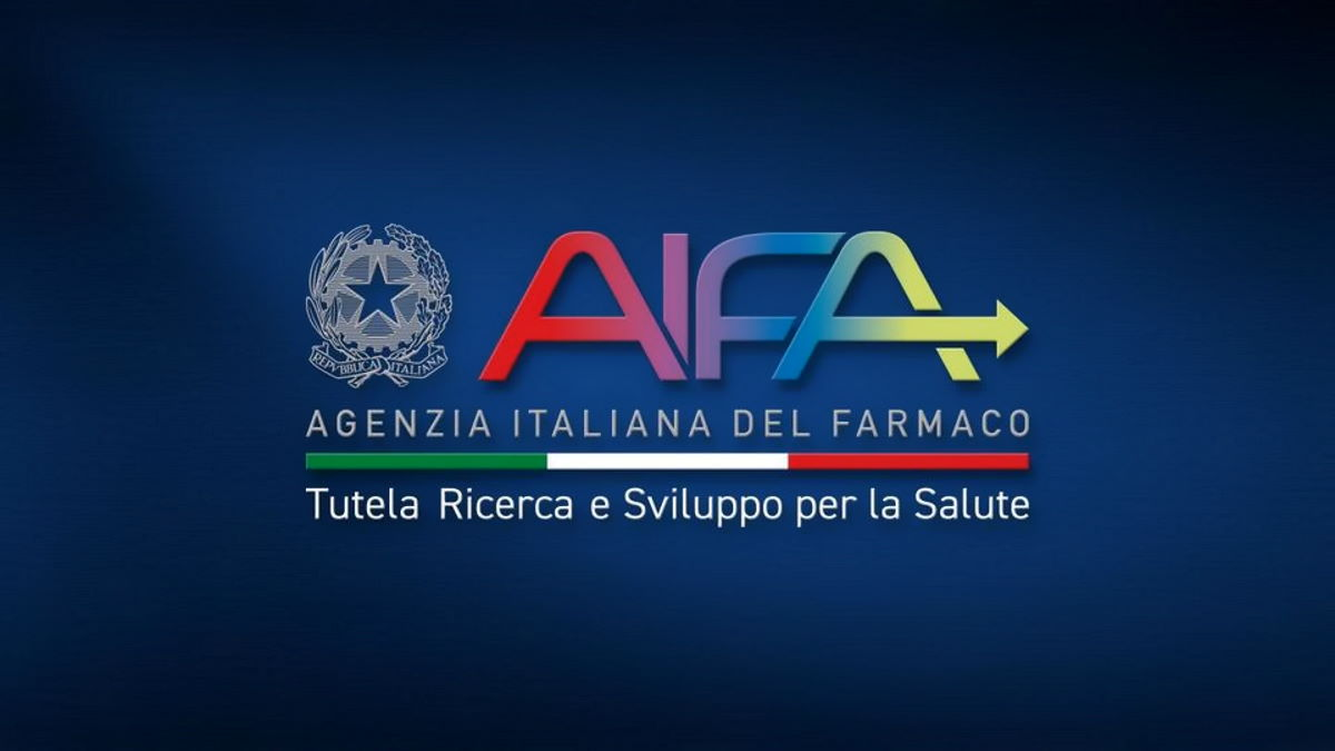 E anche l'Italia sospende le somministrazioni del vaccino di AstraZeneca in attesa di un pronunciamento definitivo dell'EMA