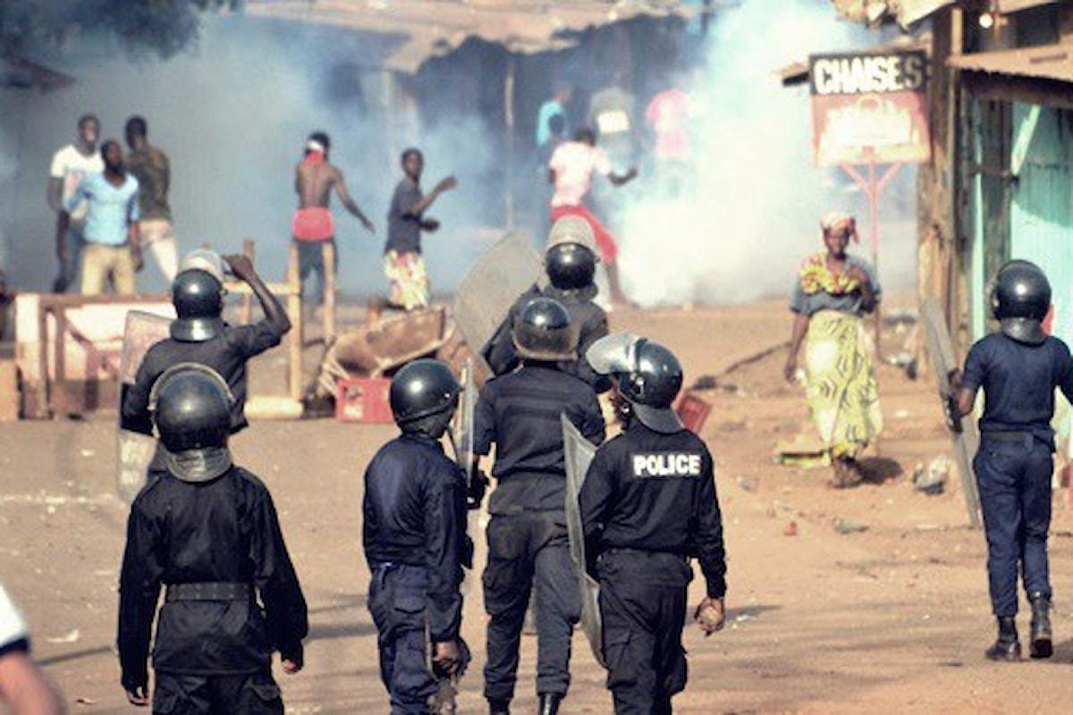 Manifestazione per la riapertura delle scuole, sei morti a Conakry (Guinea)