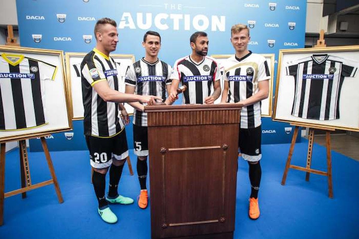 L'Udinese in campo contro la Lazio con 11 maglie diverse per l'iniziativa Dacia The Auction