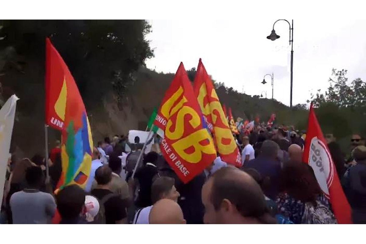 Un unico filo lega Riace a Perugia alla vigilia della marcia del 7 ottobre