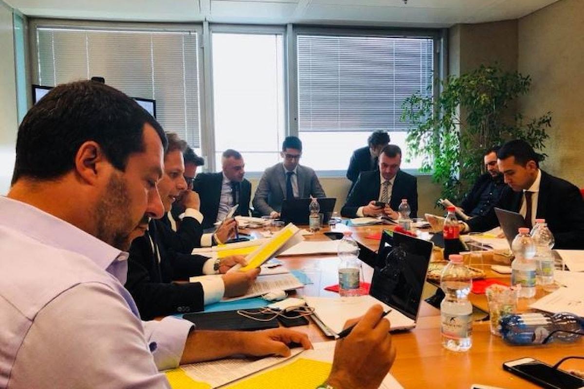 Continua a Milano la trattativa Lega - 5 Stelle. Intesa trovata su 10 punti