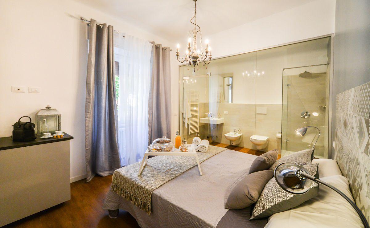 Il bagno in camera con vetro: la proposta di PadiglioneB