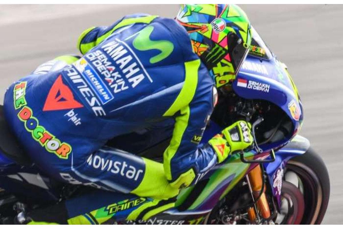 MotoGP. Rossi primo nel Gran Premio di Olanda seguito a ruota da Petrucci
