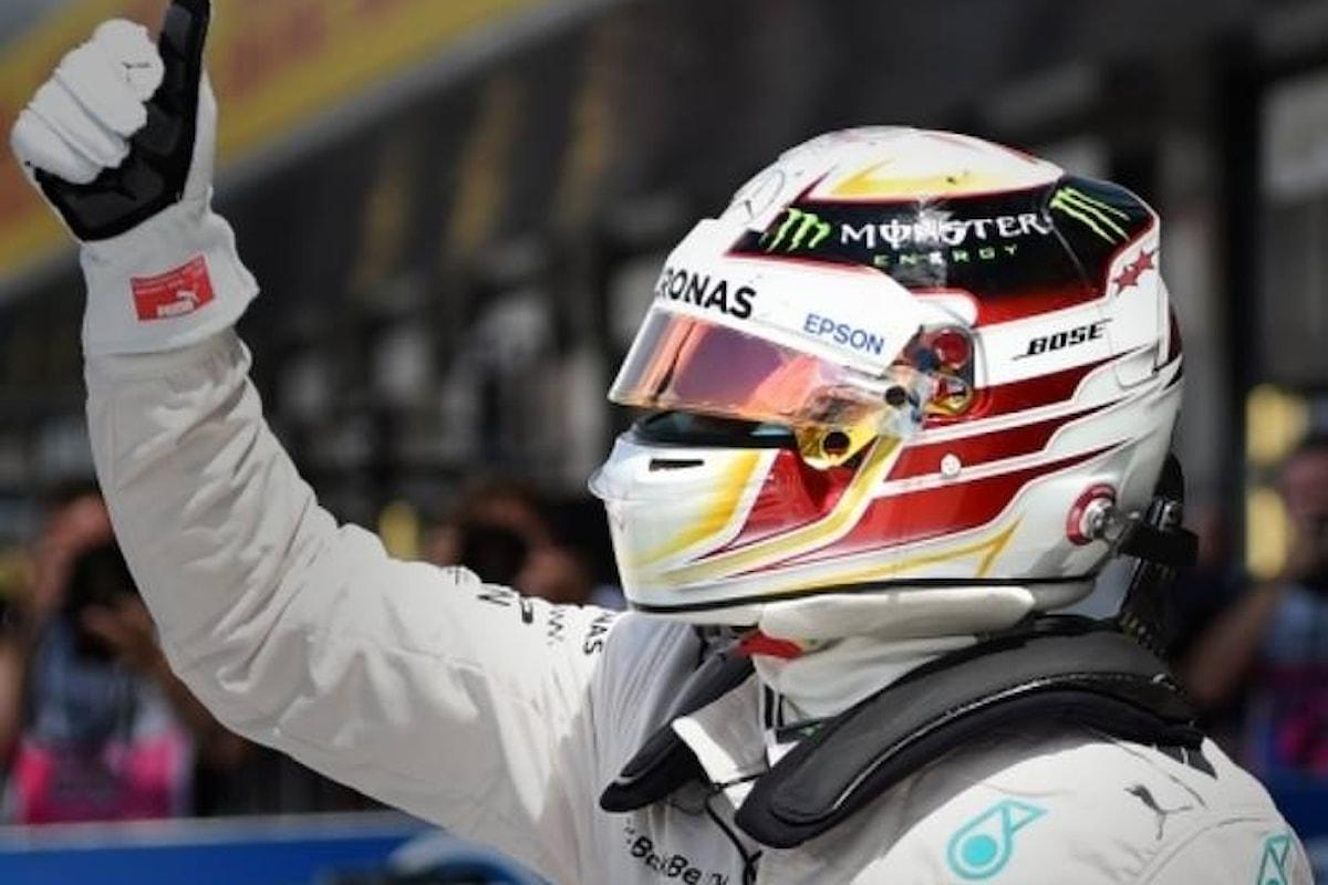 Formula 1. A Silverstone vince Lewis Hamilton che eguaglia il numero di vittorie di Clark e Prost