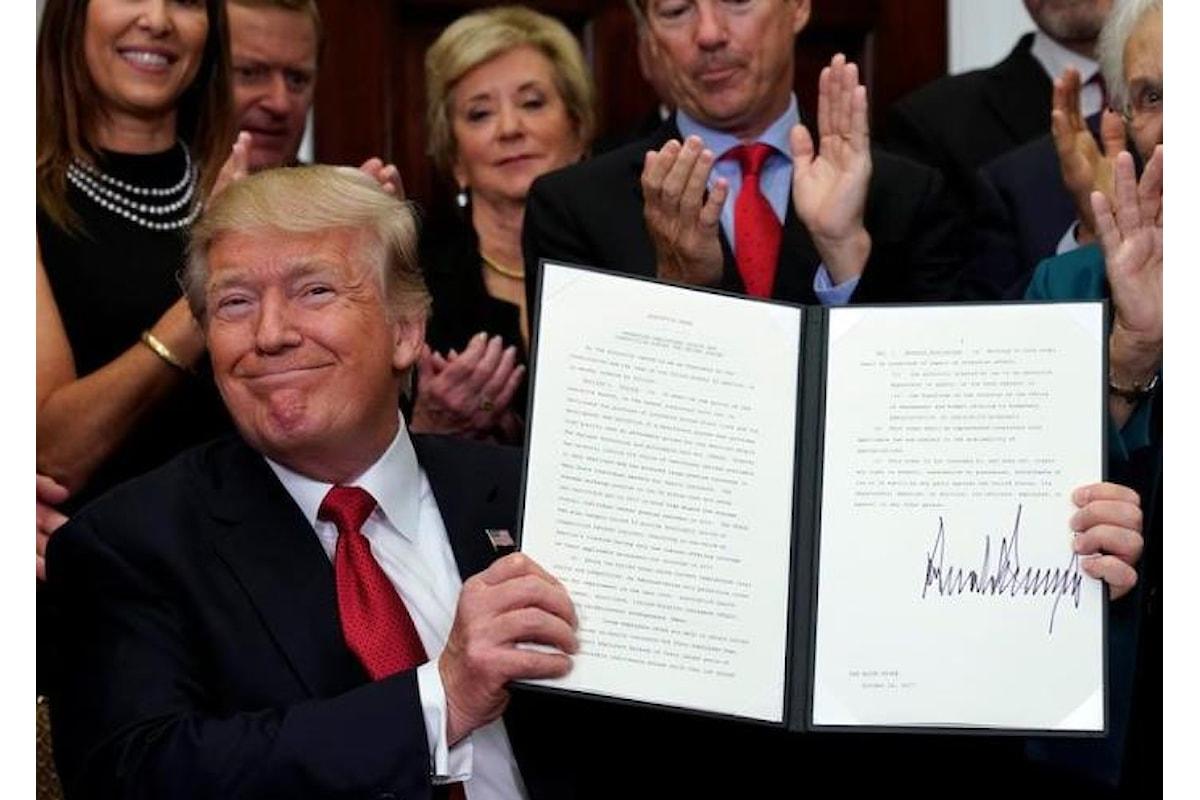 Trump mina l'Obamacare togliendo i finanziamenti alle assicurazioni che offrivano contratti alle persone a basso reddito