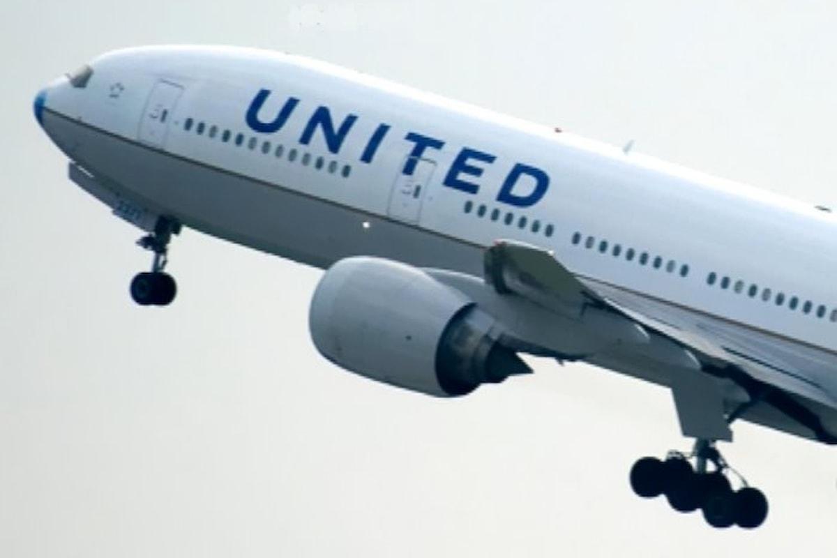 La United Airlines sembra far di tutto per creare problemi ai propri clienti