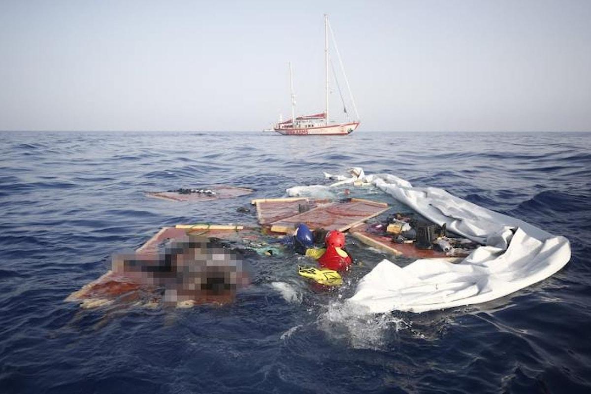La denuncia di Open Arms contro la Guardia costiera libica: omissione di soccorso e abbandono di cadaveri