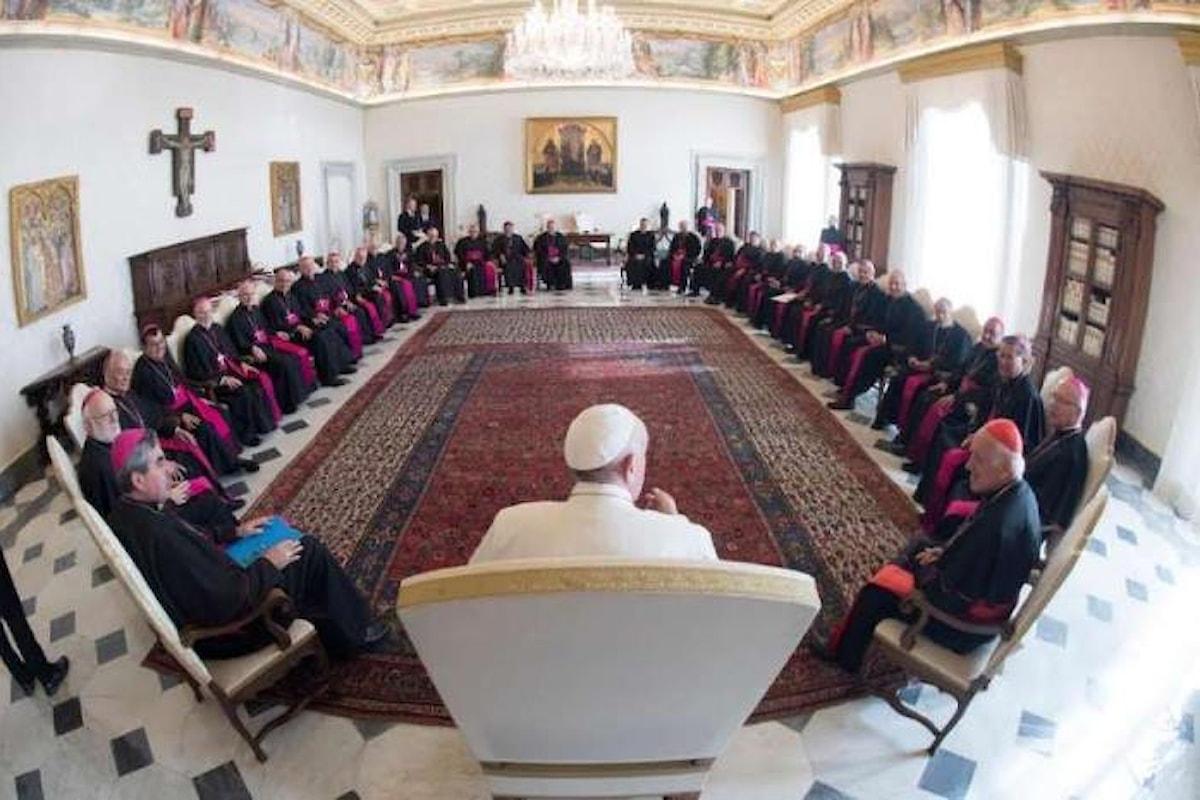 Papa Francesco applaude ai vescovi cileni per le decisioni prese per contrastare la pedofilia nella chiesa