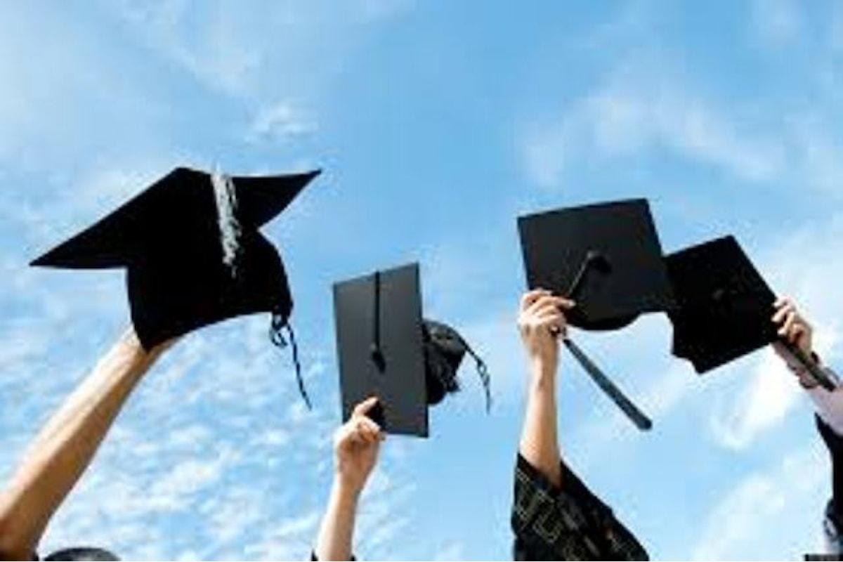 LAVORO - Laureata non lo trova e fa causa all'università