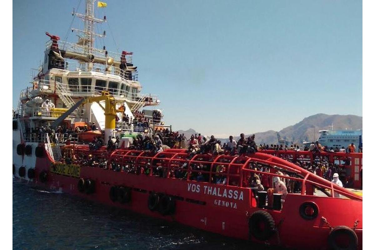 Una nave italiana ha rischiato di non poter attraccare in un porto italiano dopo aver salvato dei migranti