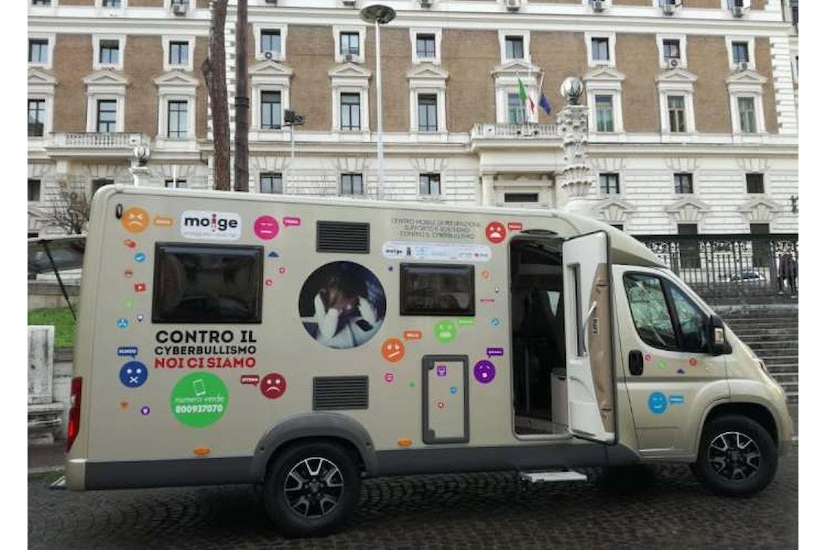 Arriva a Roma il centro mobile del Moige per la prevenzione contro il cyberbullismo