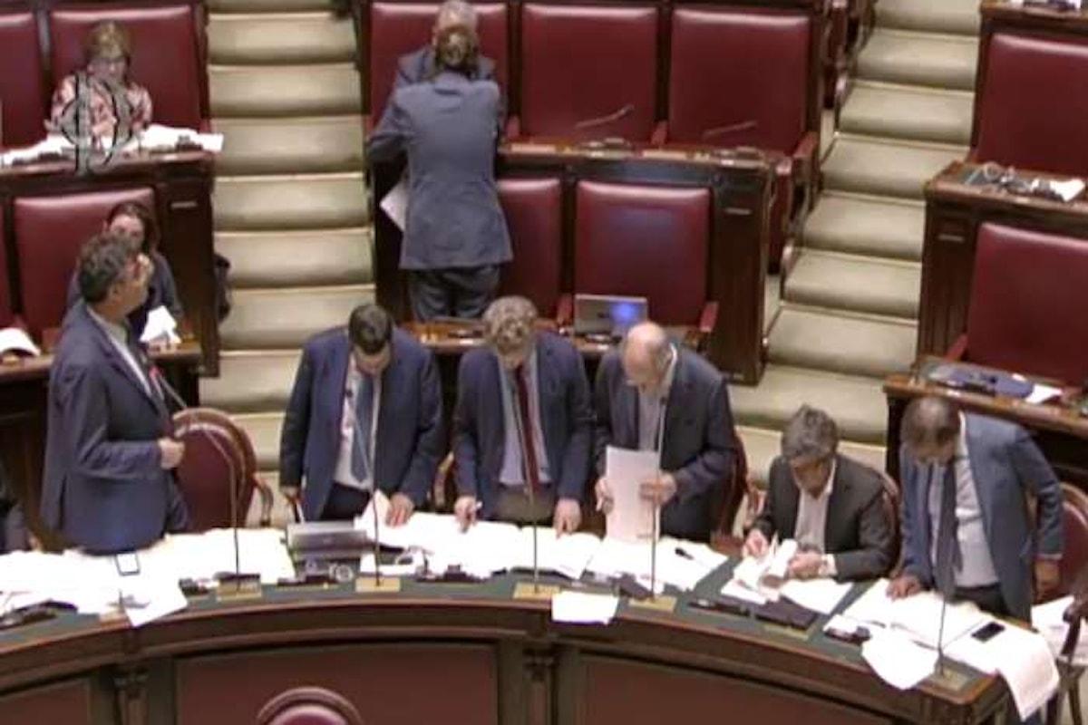Alla Camera dopo le questioni pregiudiziali di costituzionalità, prosegue l'esame della nuova legge elettorale per le prossime politiche.