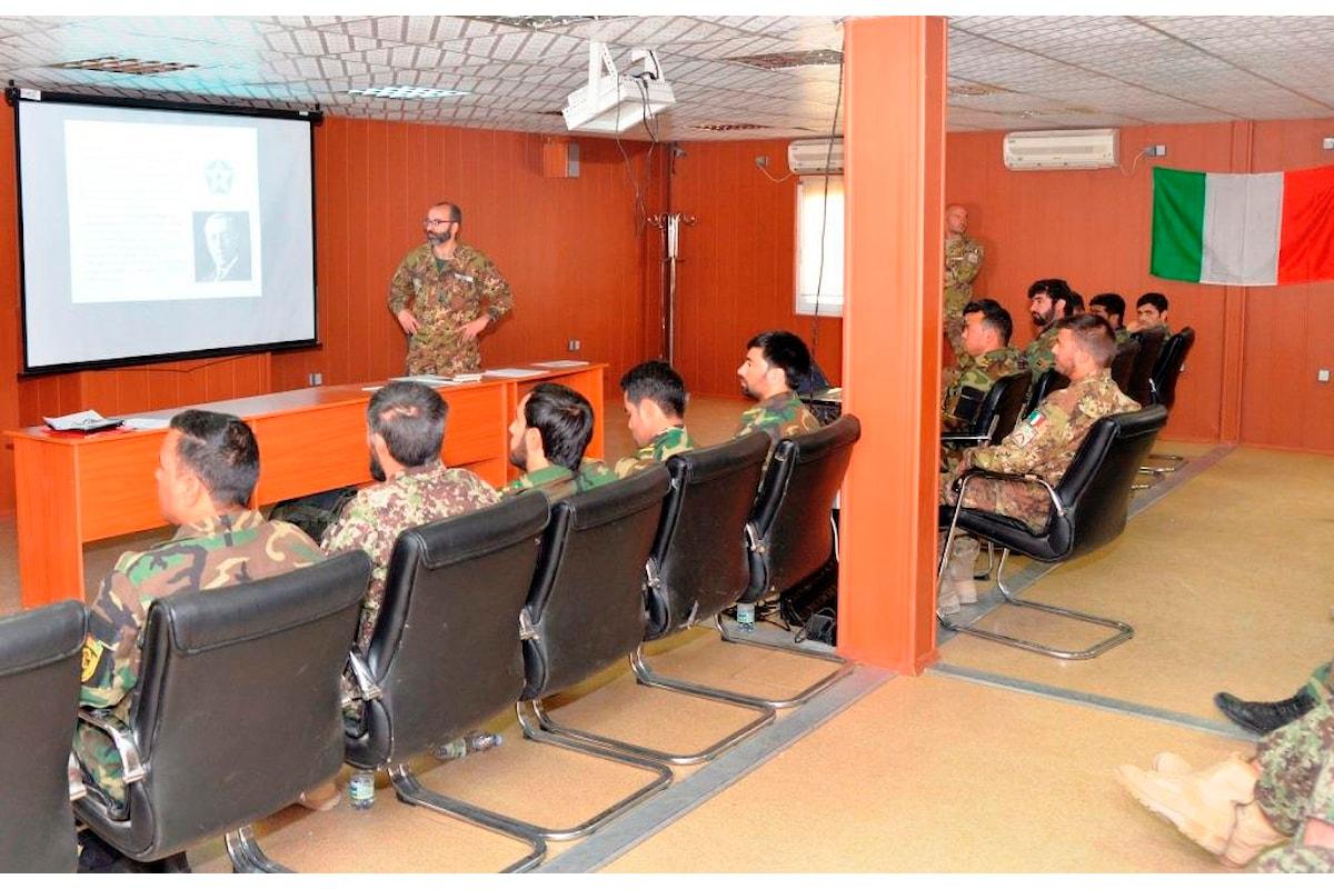 Afghanistan, militari italiani organizzano seminario di diritto internazionale dei conflitti per l'esercito afgano